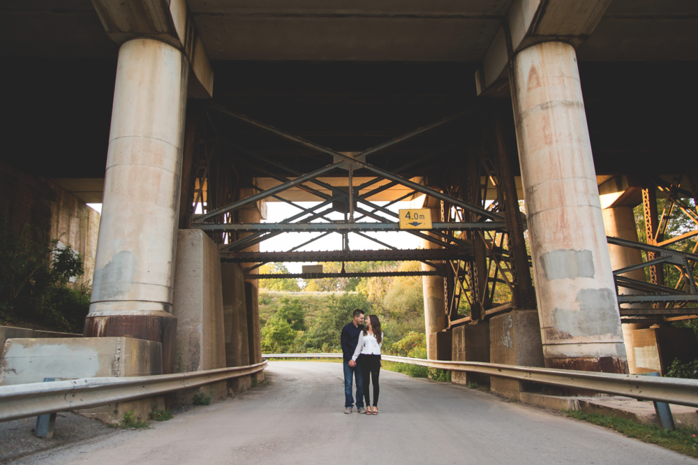 Engagement-Session-Hamilton-Burlington-Oakville-Toronto-Niagara-Wedding-Photographer-Engaged-Photography-Session-HamOnt-Moments-by-Lauren-Photo-Image-20.png