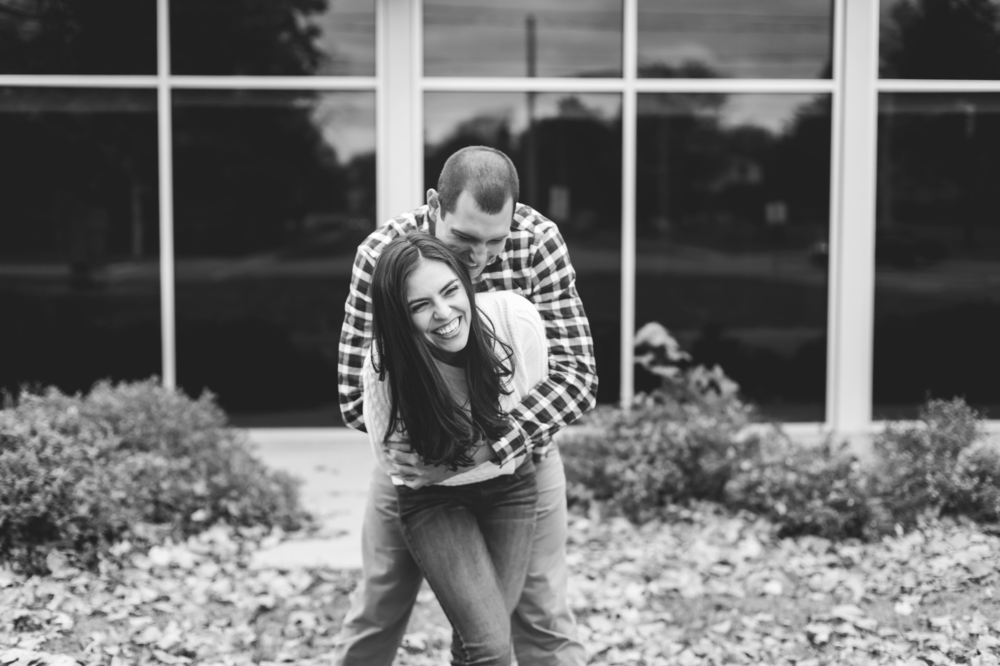 Engagement-Photography-Guelph-University-Campus-Hamilton-Burlington-Oakville-Niagara-Toronto-Wedding-Photographer-Photo-Image-13.png
