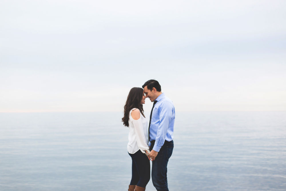 Engagement-Photography-Toronto-Skyline-City-Waterfront-HumberBay-Hamilton-Burlington-Oakville-Niagara-Toronto-Wedding-Photographer-Photo-Image-4.png
