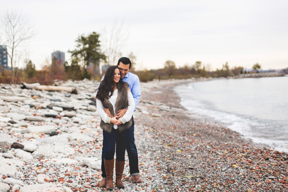 Engagement-Photography-Toronto-Skyline-City-Waterfront-HumberBay-Hamilton-Burlington-Oakville-Niagara-Toronto-Wedding-Photographer-Photo-Image-11.png