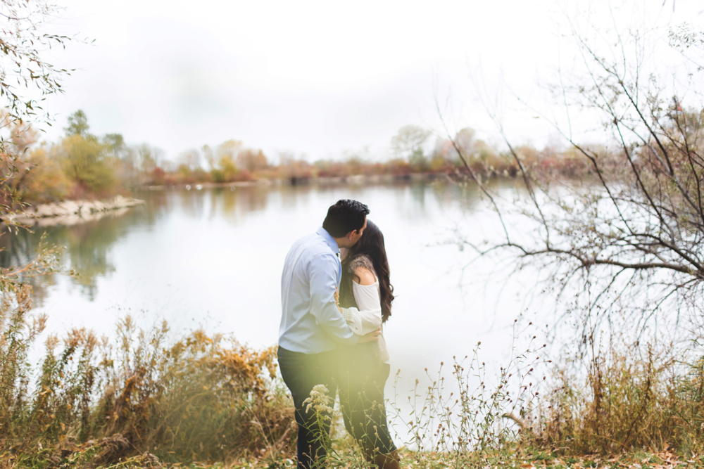 Engagement-Photography-Toronto-Skyline-City-Waterfront-HumberBay-Hamilton-Burlington-Oakville-Niagara-Toronto-Wedding-Photographer-Photo-Image-14.png