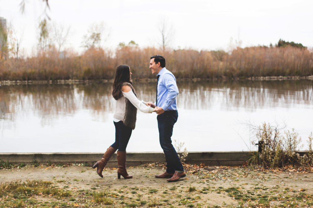 Engagement-Photography-Toronto-Skyline-City-Waterfront-HumberBay-Hamilton-Burlington-Oakville-Niagara-Toronto-Wedding-Photographer-Photo-Image-17.png