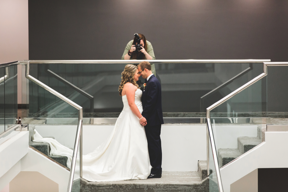 Moments-by-Lauren-Wedding-Photographer-Lifestyle-Photography-Hamilton-Toronto-Niagara-Behind-The-Scenes-Photos-Image-9.png