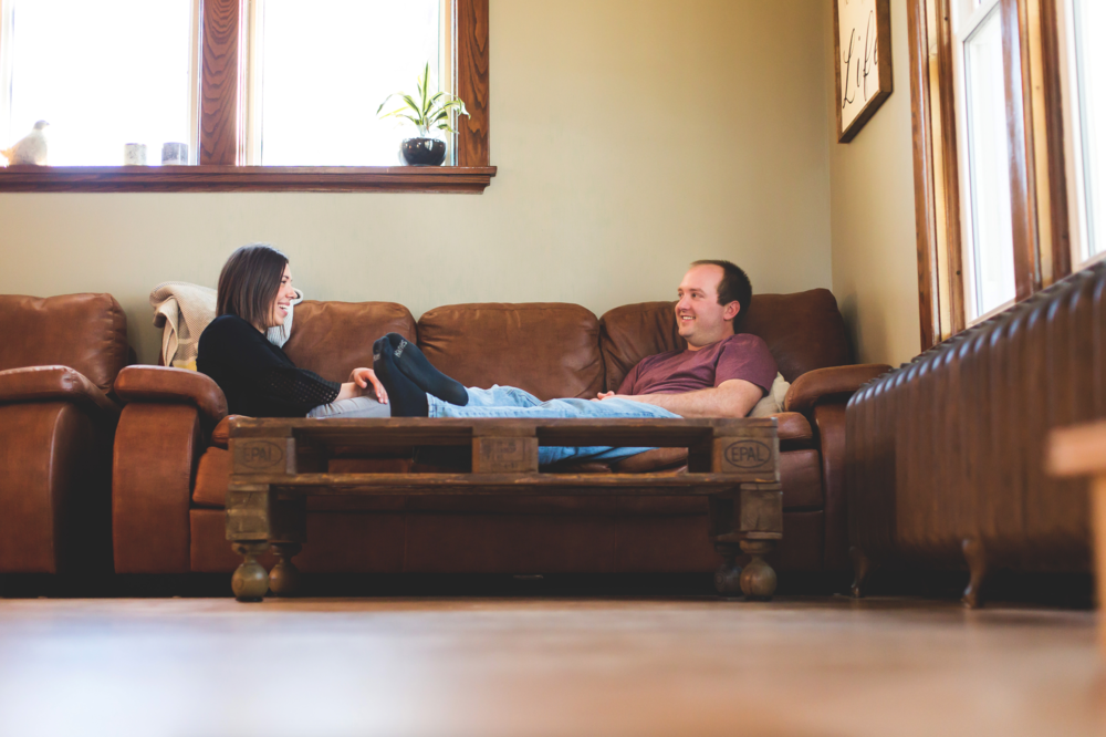 At-Home-Engagement-Session-Photography-Hamilton-Burlington-Niagara-Toronto-Wedding-Photography-Cozy-Engaged-Moments-by-Lauren-Photo-Image-7.png