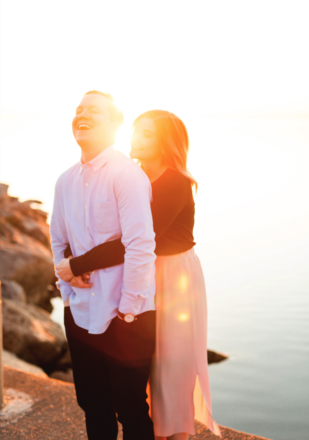 Moments-by-Lauren-Engagement-Session-Waterfront-Burlington-Hamilton-Wedding-Photographer-Sunshine-Donuts-Engaged-Photo-Image-4.png