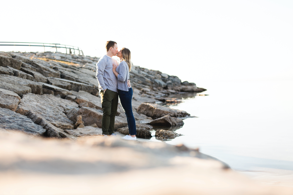 Moments-by-Lauren-Engagement-Session-Waterfront-Burlington-Hamilton-Wedding-Photographer-Sunshine-Donuts-Engaged-Photo-Image-12.png