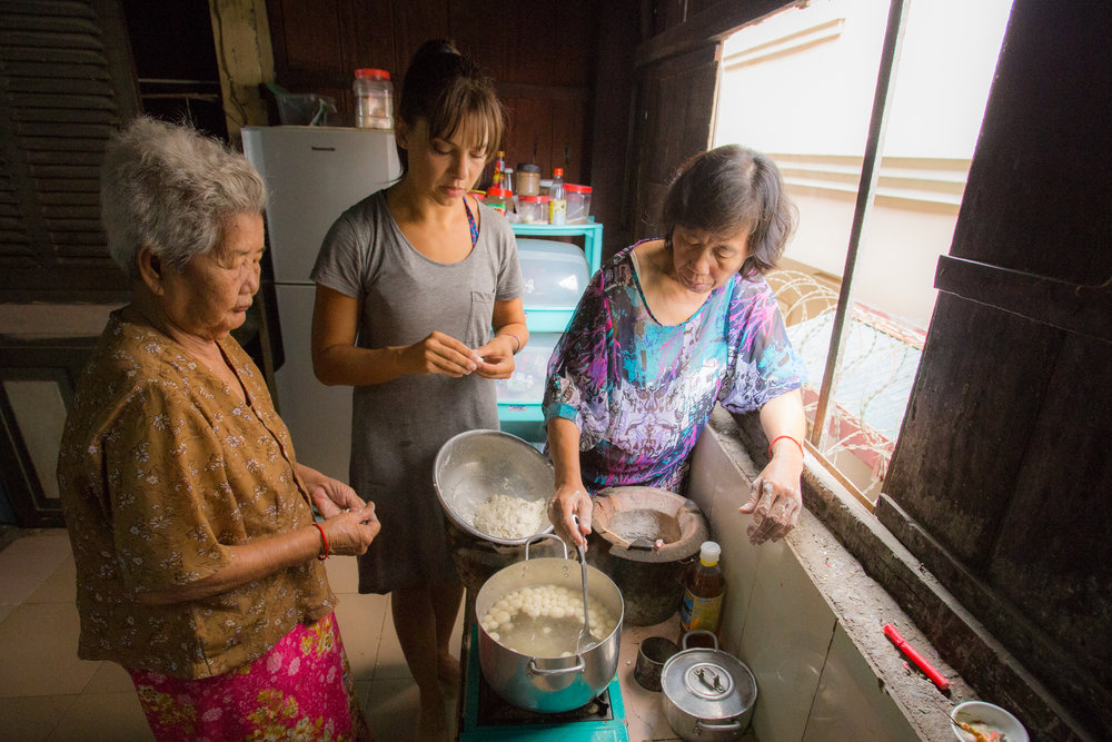 "Coconut ""Fish Ball Soup"" with Yung and Narin in Phnom Penh, Cambodia"