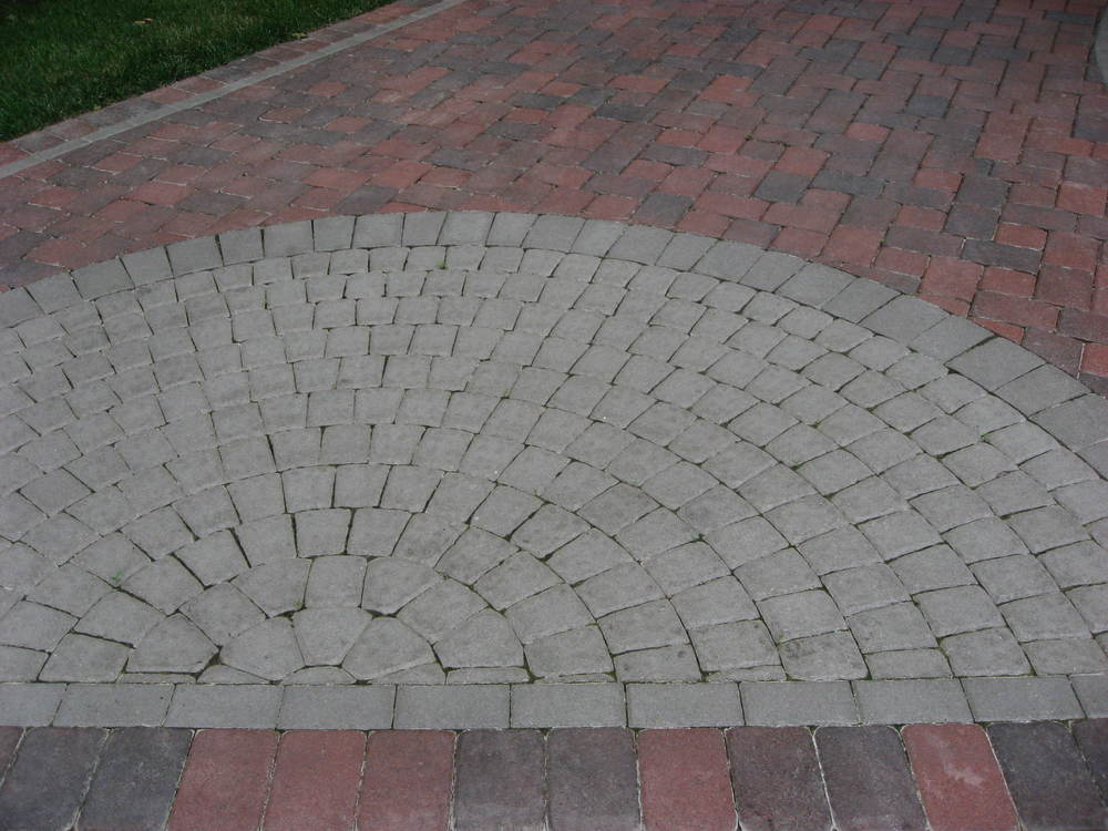 cobble_harvest-blend_6x6_6x9_cobble-circle-kit_terra-cotta.JPG