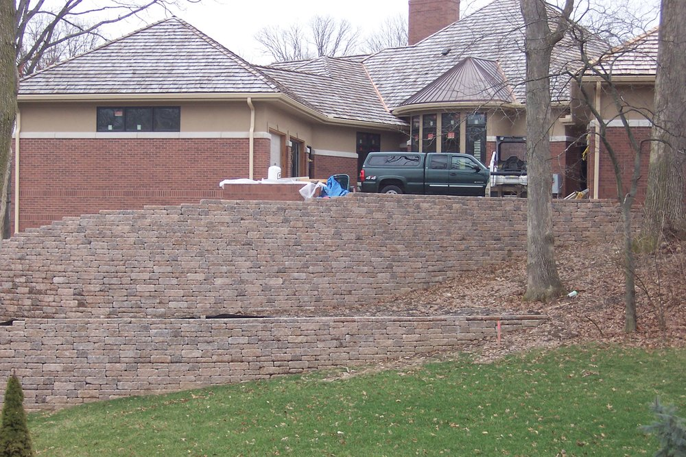 retaining_walls_versa-lok_MOSAIC_weathered_bethany-ledge.JPG