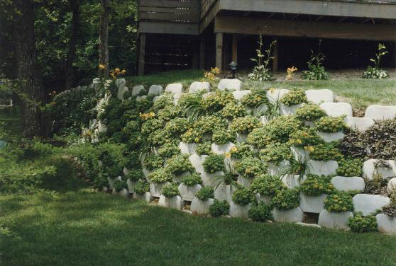 alpenstein_plantable_wall-system_romanstone-hardscapes.jpg