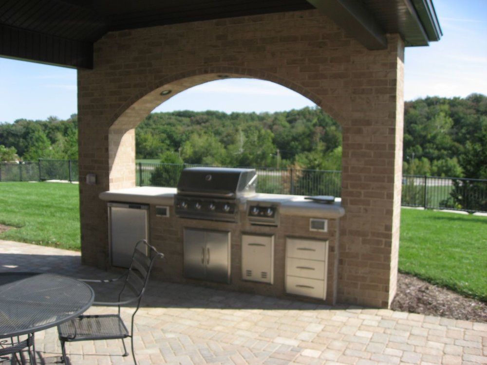 Rosetta_outdoor_living_kitchen.jpg