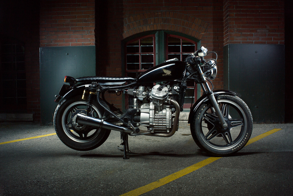 Honda CX550 Side Profoto Stripbank