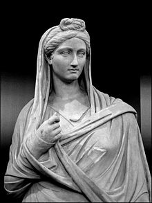 Vibia Sabina, wife of Emperor Hadrian, By Flickr: Vibia. Author: Iessi, 10 October 2006., CC BY 2.0, https://commons.wikimedia.org/w/index.php?curid=3538633