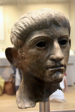 The head of a statue of Claudius found in Suffolk, believed to have been taken from the Temple of Claudius during Boudica's revolt. By Michel Wal ((own work)), CC BY-SA 3.0, https://commons.wikimedia.org/w/index.php?curid=6496434