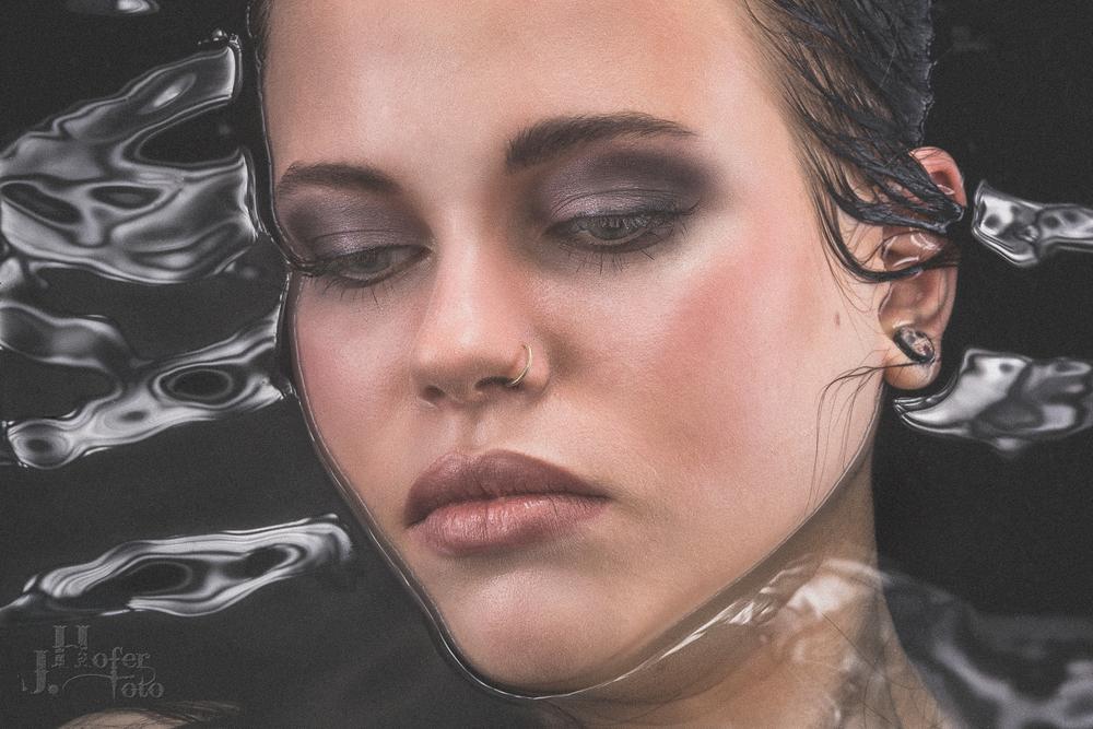Portrait 14 by JHofer-Foto Juergen Hofer