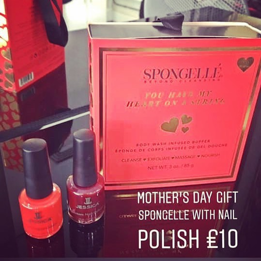 Great offer! These smell gorge 😍💅🏼