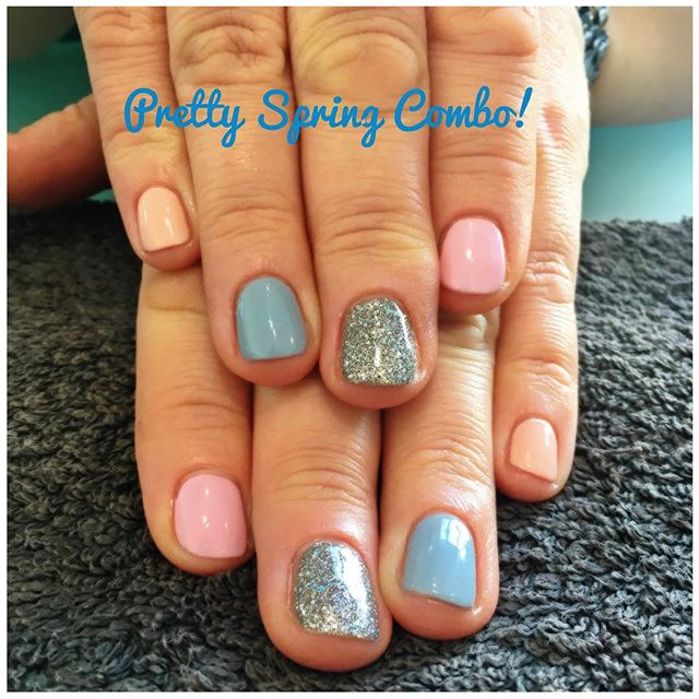 Another creation with popular pastels! Love love love these 😍💅🏻 #spring #pastels #beauty #pamper #jessica #geleration #gerrardinternational #shine #sohoinlove #skyhigh #weddingband #bellinibaby #nails #nailsofinstagram #naturalnailcare