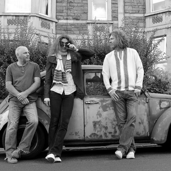 THE LEWIS CREAVEN BAND - Formed in Bristol with some of the best musical talent around, the Lewis Creaven band have gained a reputation as one of the hardest working bands on the scene, thanks to their non-stop gigging schedule and widespread popularity. The live show features classics from artists such as Stevie Ray Vaughan, Jimi Hendrix, Stevie Wonder,