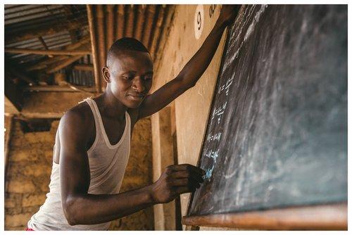 Doneer - Sierra Leone Bumbuna.jpg