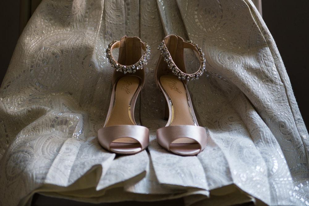 hudson valley wedding photographer bride shoes.jpg