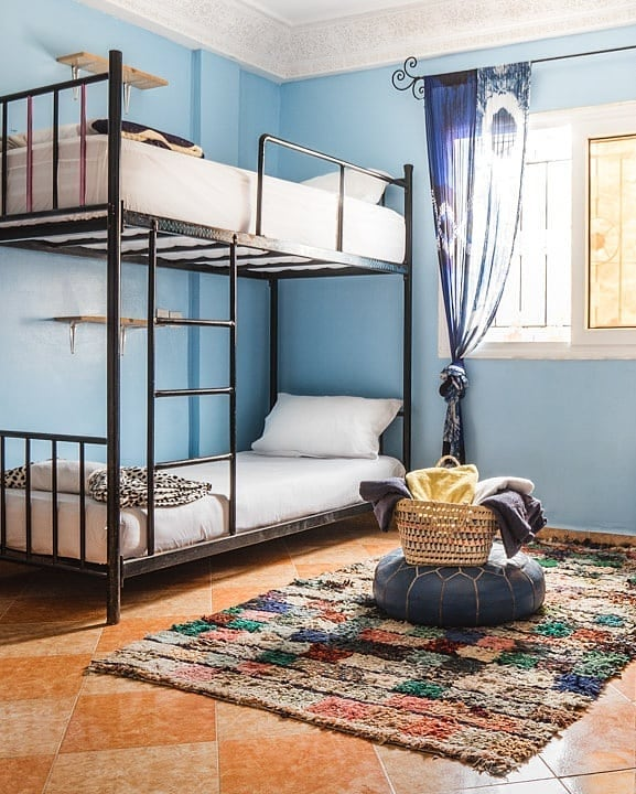 Have you seen our new highlight section? You'll find an easy overview of our rooms on there. Now you can much easier decide how you want to stay with us and message us directly. This here is a glimpse of one of our four bed dorms. Let's share rooms! 😊🖤🇲🇦