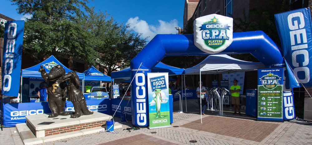 Geico pregame tailgate activation (inspiramarketing.com)