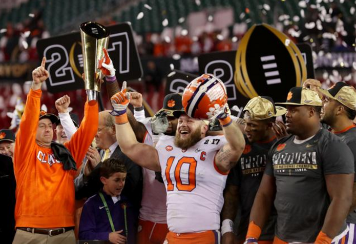 Clemson celebrates after winning the 2017 National Championship Image via http://gofos.co/2o5jULG