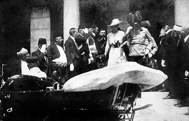 Archduke Franz Ferdinand and his wife Sophie leaving Town Hall in Sarajevo Bosnia on June 18, 1914. Wikimedia Commons.