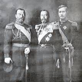 Check out WWI Week at Behind the Fine Print! 👆All the boys are back in town! Link in bio!👌 #history #wwi #europe #1914 #greatbritain #germany #russia #bloggers #midwestbloggers #education #drama #family #cousins #king #tsar #emperor #mnbloggers #war