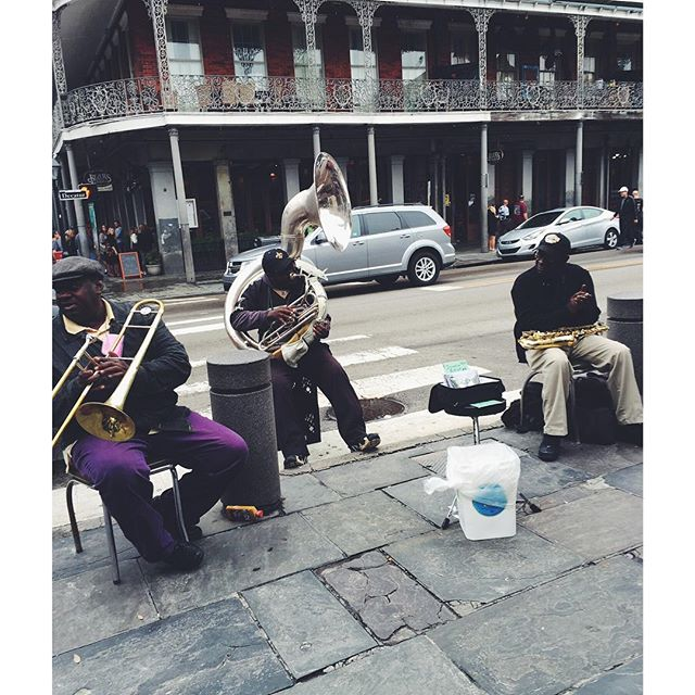History of New Orleans Jazz🎺🎷🎶don't miss it. 👆#linkinbio 🎶  #nola #history #jazz #music #neworleans #culture #mississippi #cresentcity #mardigras #blogger #mnblogger #midwestbloggers #minnesota #louisiana #louisarmstrong #famous #america #southernlife #americanhistory
