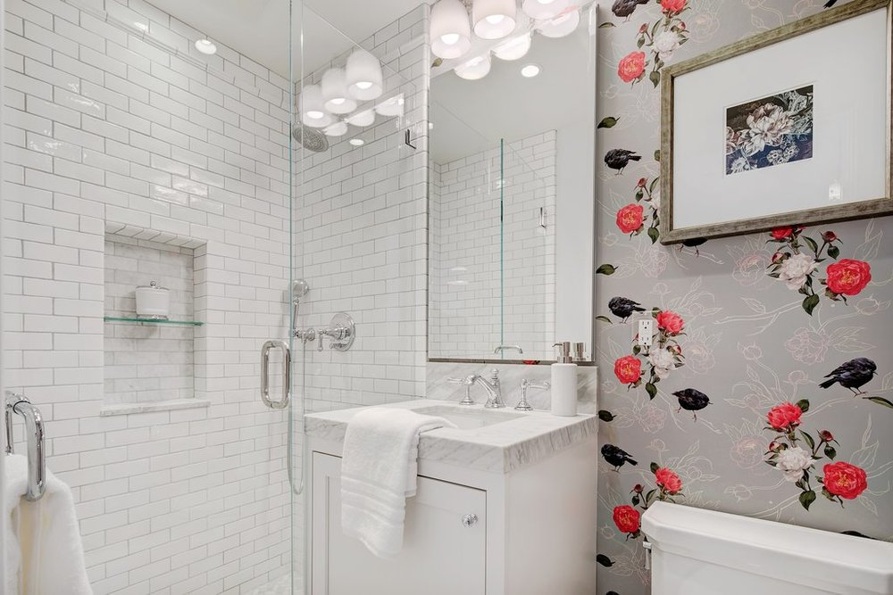 Wallpaper Ideas for Bathrooms