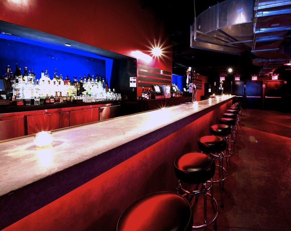 Oooh La La,3 Hour Open Bar!