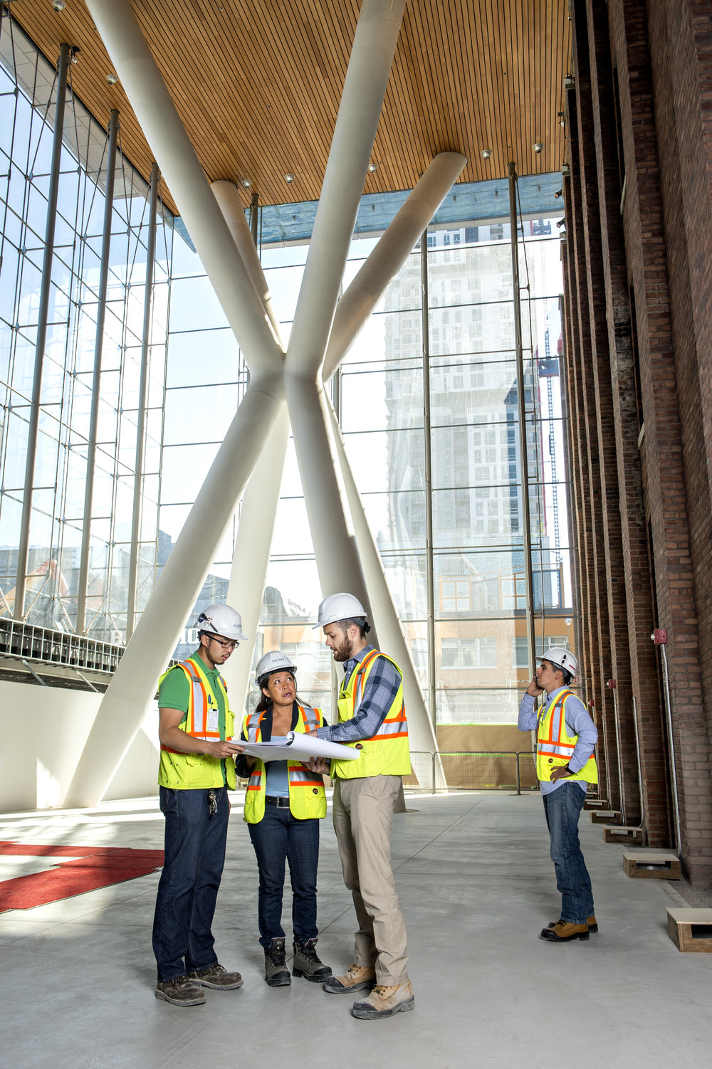 Marta-Hewson-industrial-photography-on-site-lobby-Kitestring-Eastern-Construction.jpg