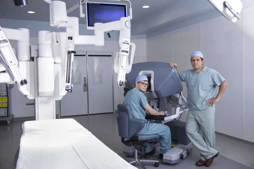Marta-Hewson-Industrial-photogrpahy-medical-labratory-doctors-remote-operations-St.Joseph's.jpg
