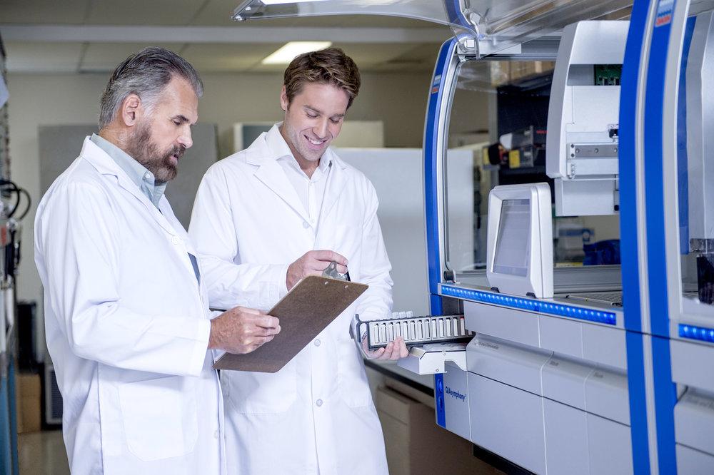 Marta-Hewson-Industrial-photogrpahy-medical-labratory-researchers-machines-St.Joseph's.jpg