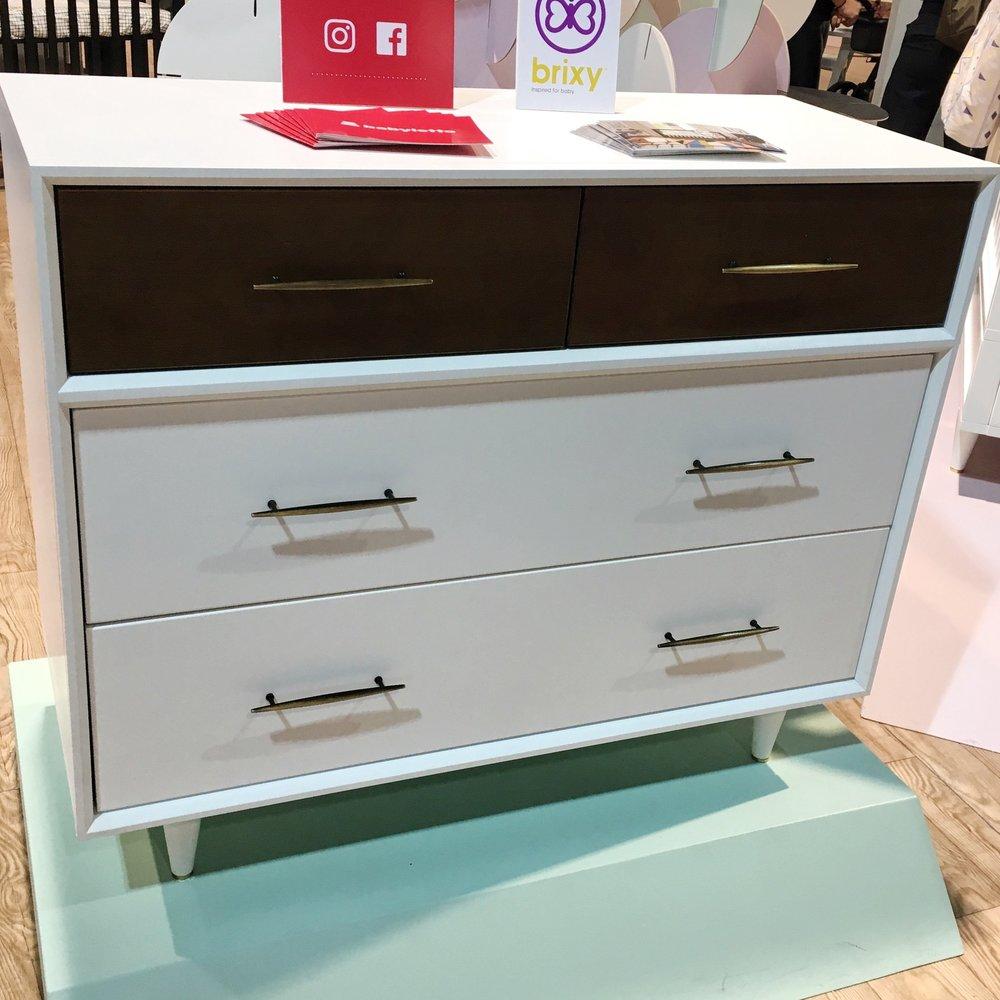 Eero Dresser