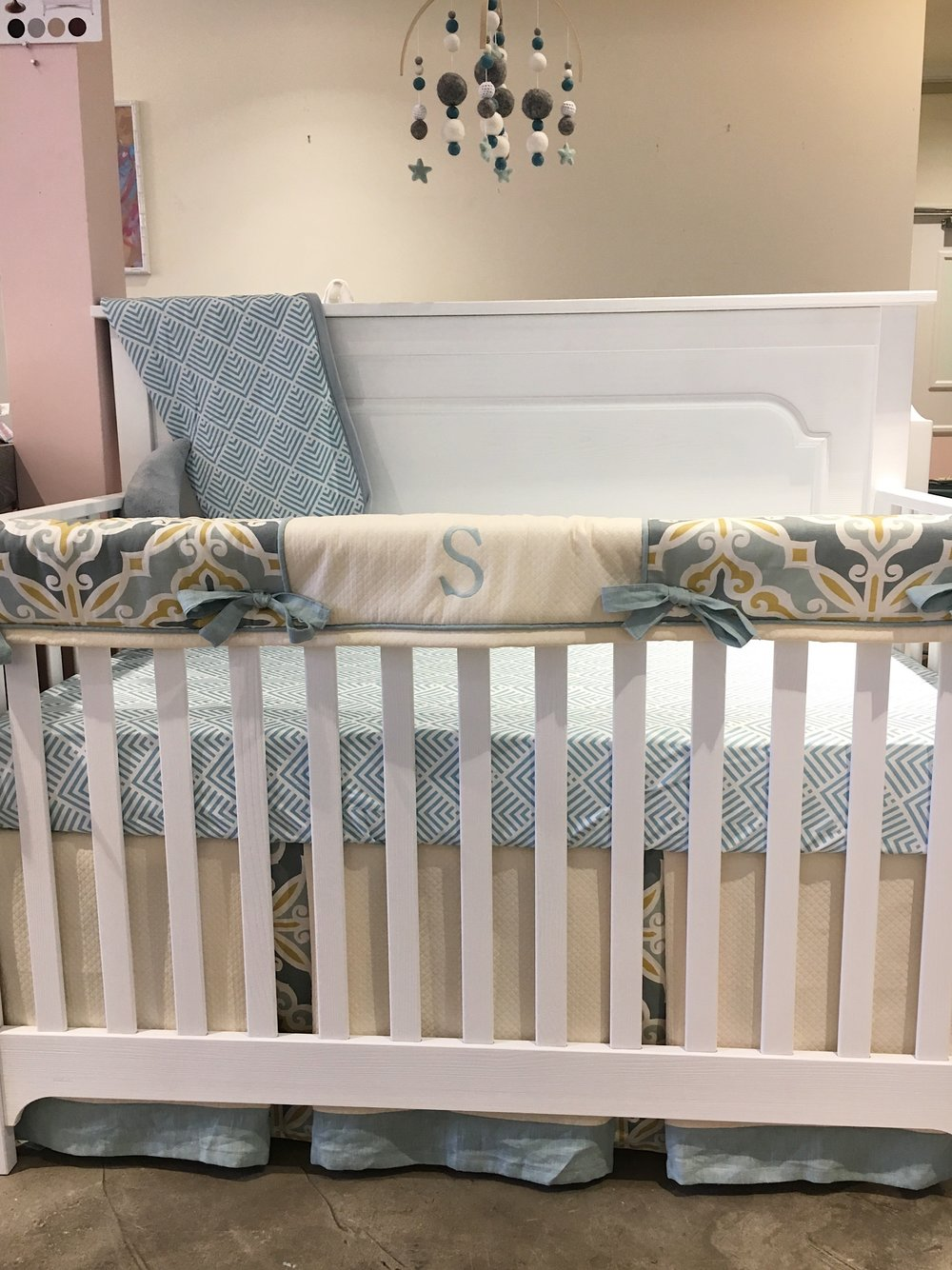 Nest Emerson Crib