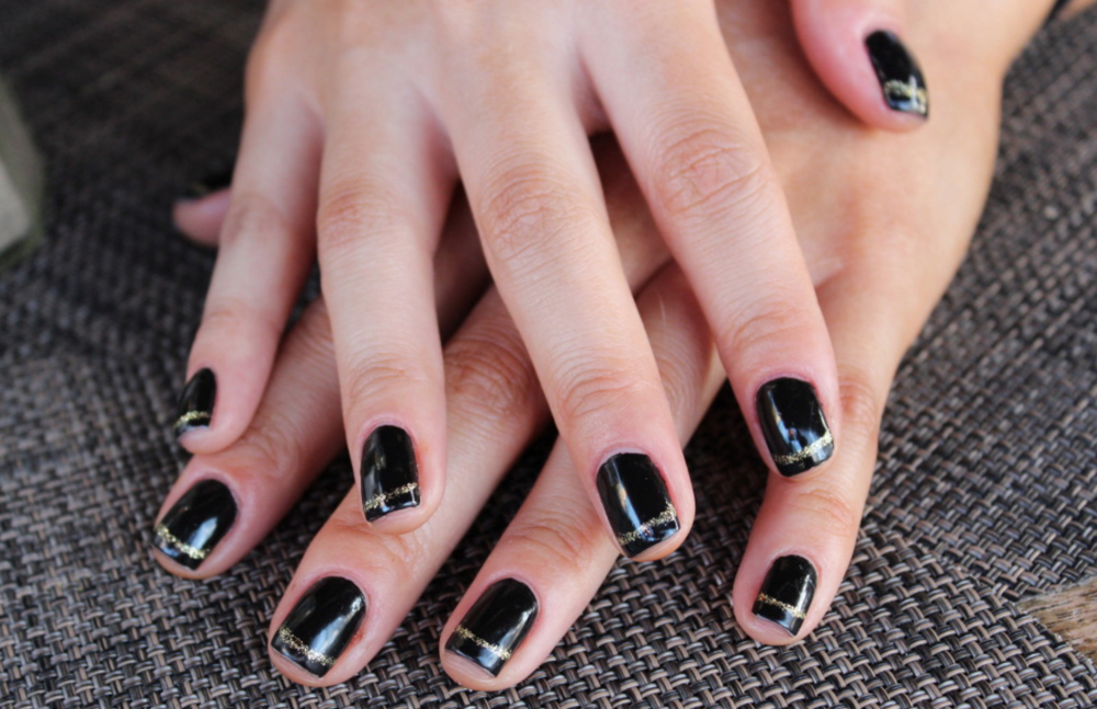 SWIRL BEAUTY BLACK MANICURE via Swirl Nation Blog