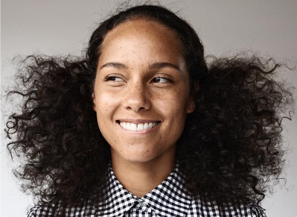 ALICIA KEYS AND HER #NOMAKEUP MOVEMENT via Swirl Nation Blog