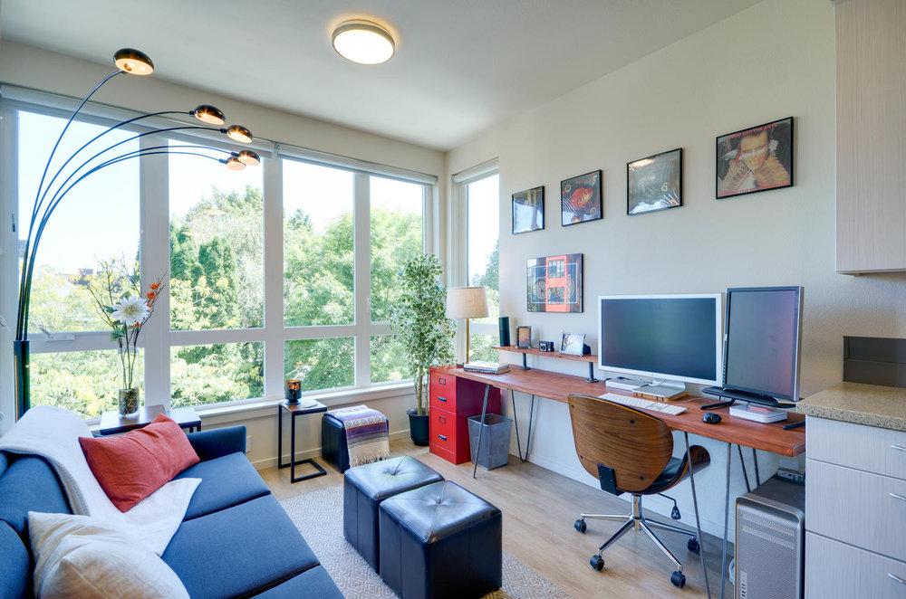 3. desk- after- edited.jpg