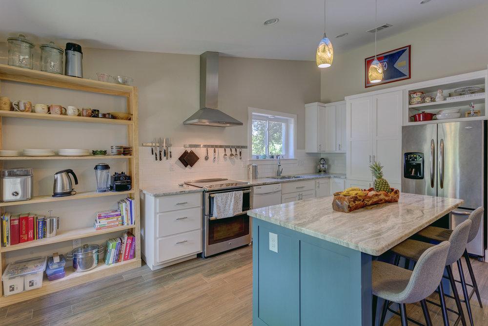 1b- kitchen RealEstate-1*NO.jpg