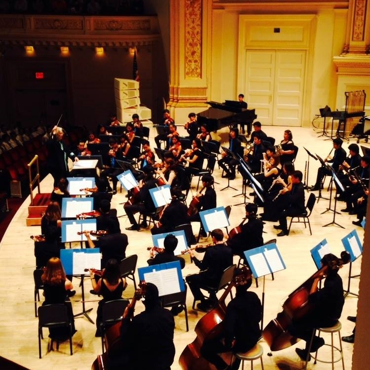 Somtow conducts in Carnegie Hall, 2014