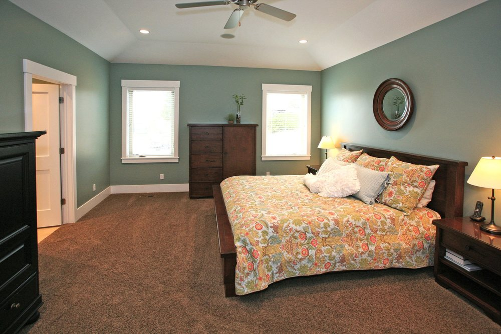162_e_2100_s_MLS1219063_HID867788_ROOMmasterbedroom1.jpg