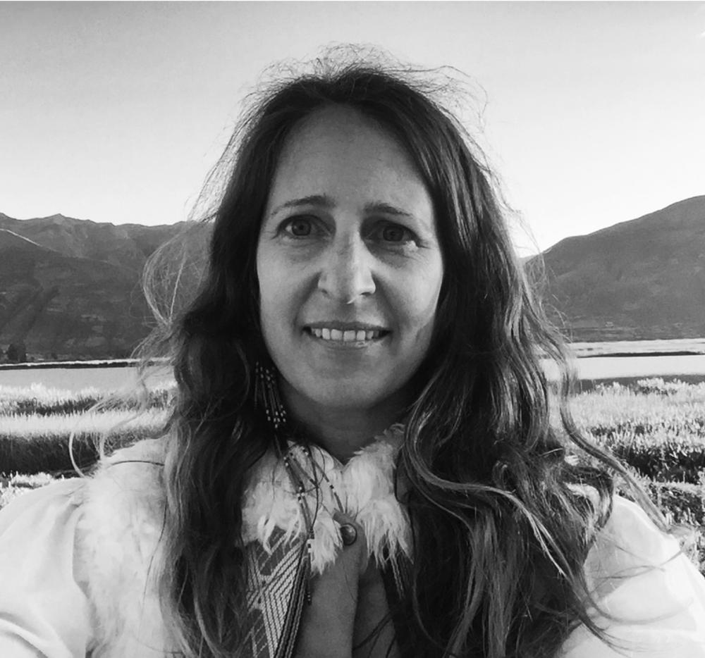 NAME :Meredith Sloane LOCATION : Los Angeles, California SERVICES :∆ Rainbow energy and Light Healings in person and via skype ∆ Teach Reiki I and II ∆Lead Retreats to Peru ∆ Reiki Healing ∆ Group rainbow healings
