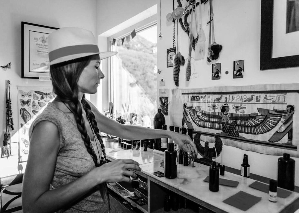 NAME : Paula Ferraro LOCATION : Malibu, California SERVICES :∆ Monarch Butterfly Interspecies Communication ∆ Cacao Ceremony ∆ Sound Bath ∆ Plant Medicine Alchemy