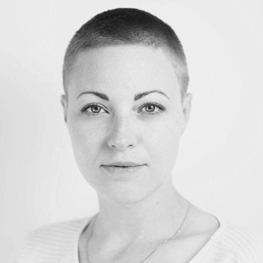 NAME : Tiffany Alice LOCATION : Los Angeles, California SERVICES :∆ Vinyasa yoga ∆ Cannabis enhanced yoga ∆ Yoga with live music ∆ Meditation