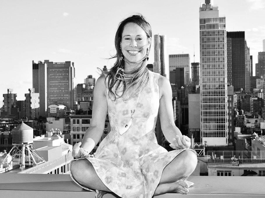 NAME  : Dina Kaplan  LOCATION  : New York, New York  SERVICES  :∆ Meditation