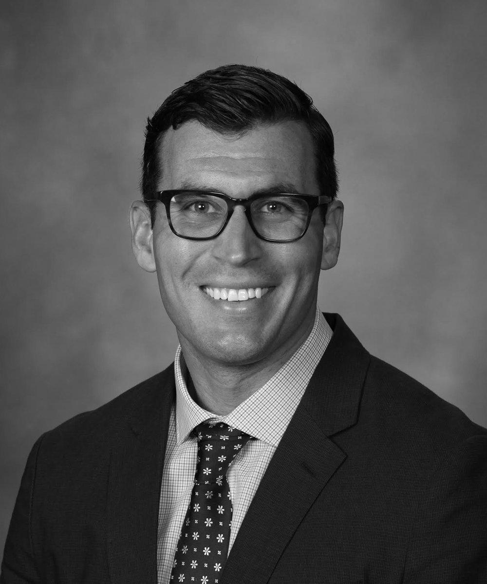 NAME : Ryan Greene LOCATION : Los Angeles, California SERVICES :∆ Collaborative cutting edge Sports Medicine ∆ Sports Performance ∆ Functional Medicine ∆ Integrative medicine services