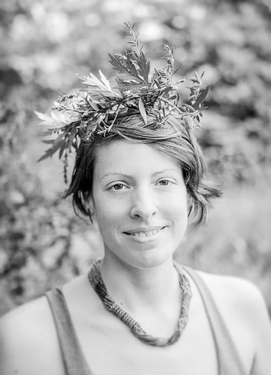NAME : Liz Neves LOCATION : Brooklyn, New York SERVICES :∆ Reiki ∆ The Healing Drum ∆ Herbalism ∆ Talismanic Jewelry and Objects