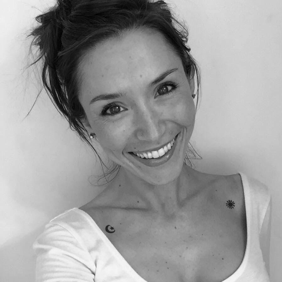 NAME :Genevieve Coulson LOCATION :Louisville, Colorado SERVICES :∆ Social media marketing,Blog writing,Editing ∆ Content creation and curation ∆ Yin yoga,Vinyasa yoga,Restorative yoga,Children's yoga,Virtual yoga coaching ∆ Social media consultation ∆ Brand ambassador programs